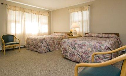 3 Queen Suite - Main Room